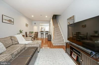 895 N JUDSON ST, PHILADELPHIA, PA 19130 - Photo 2