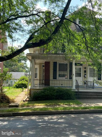 218 COCOA AVE, HERSHEY, PA 17033 - Photo 1