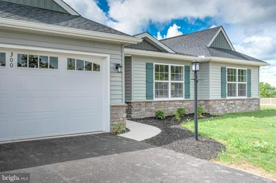 300 NORMANDY LN, DILLSBURG, PA 17019 - Photo 1