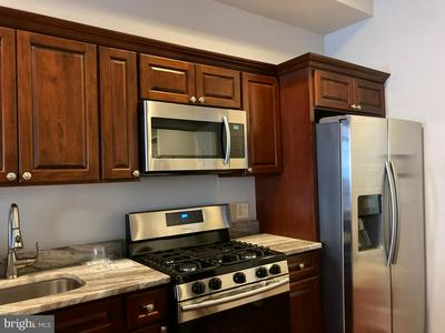 117 CHESTNUT ST APT 302A, PHILADELPHIA, PA 19106 - Photo 2