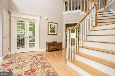 22 NEW CASTLE WAY, FLEMINGTON, NJ 08822 - Photo 2