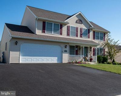 114 EDGEMONT LN, Newmanstown, PA 17073 - Photo 2