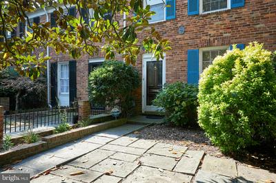 820 GREEN ST, ALEXANDRIA, VA 22314 - Photo 1
