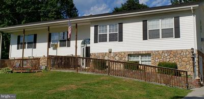 690 LOOP RD, FRONT ROYAL, VA 22630 - Photo 1