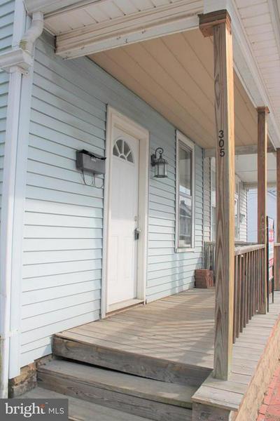 305 GRAND PKWY N, LEWISTOWN, PA 17044 - Photo 2