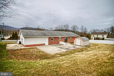 511 MOUNTAIN RD, DILLSBURG, PA 17019 - Photo 2