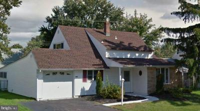 40 GINGERBUSH RD, LEVITTOWN, PA 19057 - Photo 1