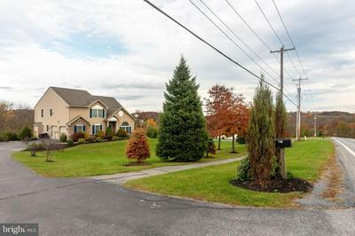 795 NEW SCHAEFFERSTOWN RD, BERNVILLE, PA 19506 - Photo 2