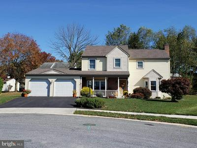 9 COVENTRY CLOSE, CAMP HILL, PA 17011 - Photo 1