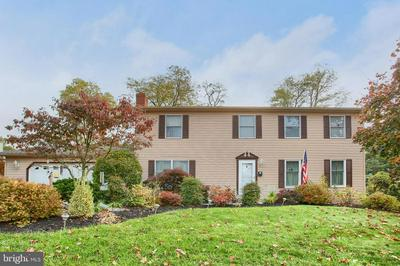 141 FINEVIEW RD, CAMP HILL, PA 17011 - Photo 1