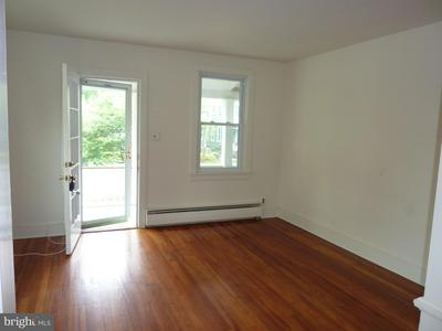 335 S LINCOLN AVE, NEWTOWN, PA 18940 - Photo 2