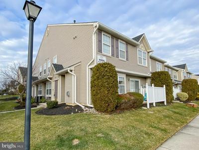 4501 GRENWICH LN, MOUNT LAUREL, NJ 08054 - Photo 1