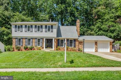 8800 PRUDENCE DR, ANNANDALE, VA 22003 - Photo 2