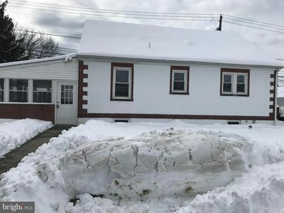 415 HOCKERSVILLE RD, HERSHEY, PA 17033 - Photo 1