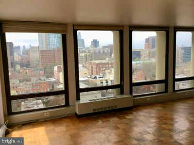 200 LOCUST ST APT 15A, PHILADELPHIA, PA 19106 - Photo 2