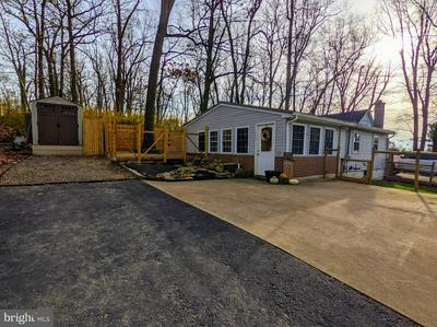 310 WINTERSTOWN RD, RED LION, PA 17356 - Photo 2