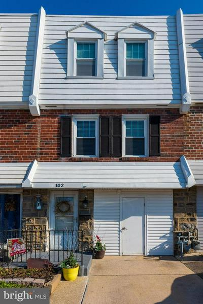 102 IVY CT, UPPER DARBY, PA 19082 - Photo 1