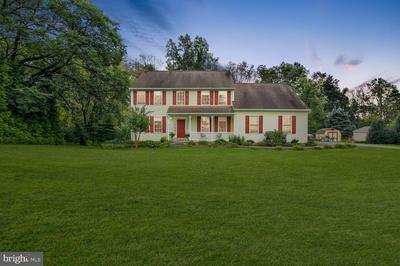 144 BEVERLY DR, KENNETT SQUARE, PA 19348 - Photo 1
