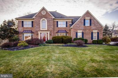 139 CLOVER LEAF LN, NORTH WALES, PA 19454 - Photo 1