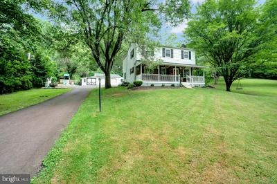 1740 CARVERS HILL RD, PENNSBURG, PA 18073 - Photo 1