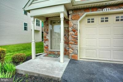135 MAPLETON BLVD, HARRISBURG, PA 17112 - Photo 2