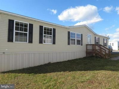 45 BROWNS DAM RD TRLR 213, NEW OXFORD, PA 17350 - Photo 1
