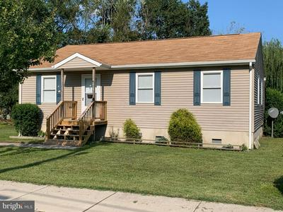 320 PARK AVE, FEDERALSBURG, MD 21632 - Photo 1
