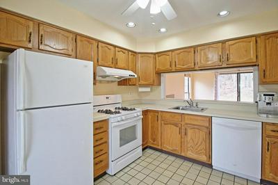 2201 TIMBER OAKS RD, Edison, NJ 08820 - Photo 2