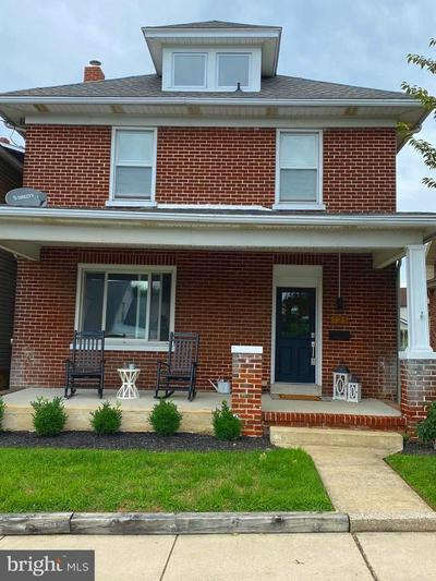 121 S PARK ST, DALLASTOWN, PA 17313 - Photo 1