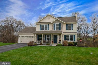 10 THISTLE CT, MYERSTOWN, PA 17067 - Photo 2