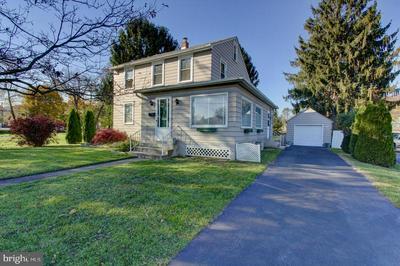 136 LINGLESTOWN RD, HARRISBURG, PA 17110 - Photo 1