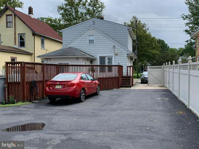 818 E PARK AVE, VINELAND, NJ 08360 - Photo 2