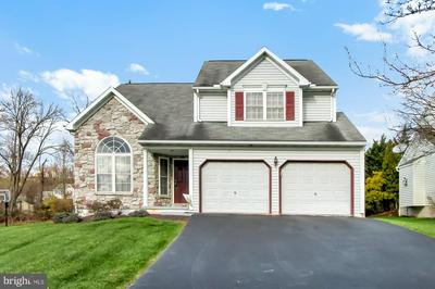 325 WINGSPREAD DR, READING, PA 19606 - Photo 1