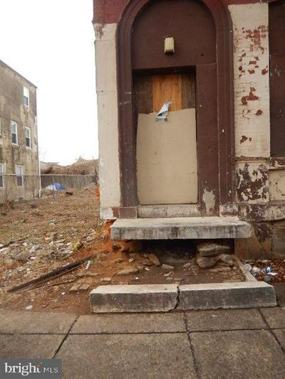 1438 N 17TH ST, PHILADELPHIA, PA 19121 - Photo 2