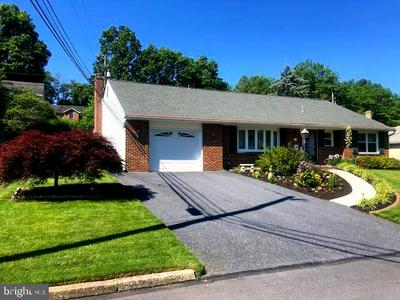 516 COLONY RD, Camp Hill, PA 17011 - Photo 2