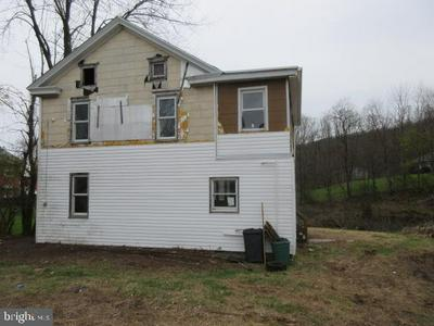 126 STRAWBERRY LN, RINGTOWN, PA 17967 - Photo 2