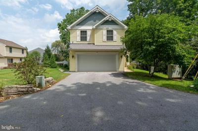 101 MARKET ST, LITITZ, PA 17543 - Photo 2