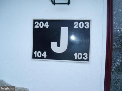 203 HAMPTON CROSSING J # J, SOUTHAMPTON, PA 18966 - Photo 2