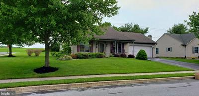 27 ARBOR DR, Myerstown, PA 17067 - Photo 2