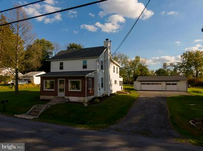 228 HILLTOP RD, COOPERSBURG, PA 18036 - Photo 2
