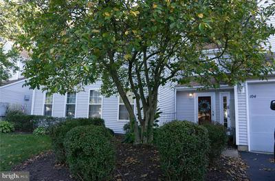 104 BIRCH HOLLOW DR, BORDENTOWN, NJ 08505 - Photo 1