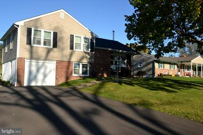 787 OVERLOOK DR, WARMINSTER, PA 18974 - Photo 2