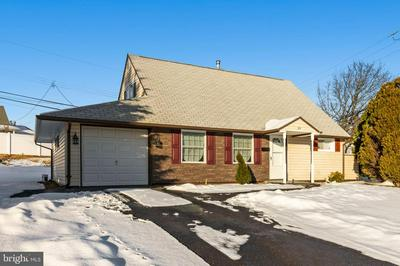 39 CABLE RD, LEVITTOWN, PA 19057 - Photo 1