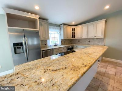 15 TOWPATH RD, LEVITTOWN, PA 19056 - Photo 1