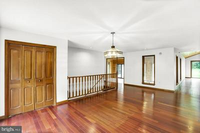 1140 RIVERVIEW RD, Dauphin, PA 17018 - Photo 2