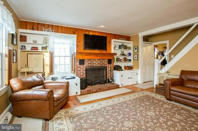 22 MERCER ST, HAMILTON, NJ 08690 - Photo 2
