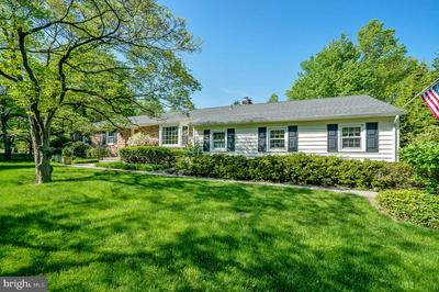 105 ROSEWOOD DR, Lansdale, PA 19446 - Photo 2