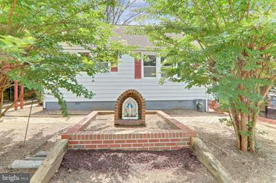 6613 OLIVER ST, RIVERDALE, MD 20737 - Photo 2