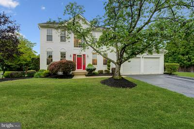 1 BERWICK CIR, EAST WINDSOR, NJ 08520 - Photo 1