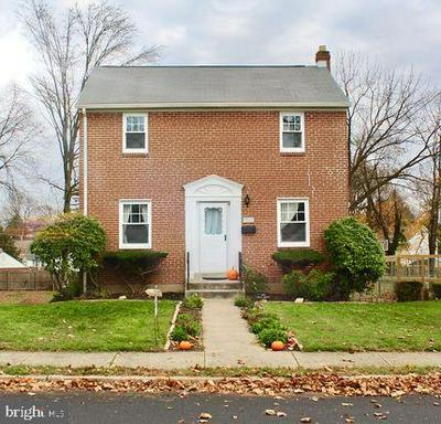 703 GRANT AVE, WILLOW GROVE, PA 19090 - Photo 1